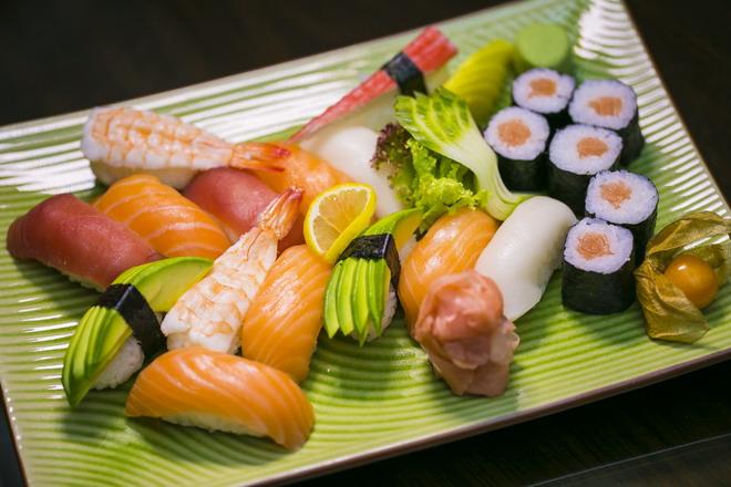 sushi set martin 1