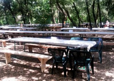 stoly pred hodovanim